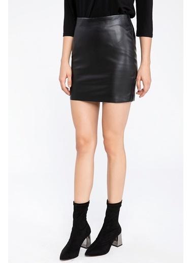 DeFacto Deri Görünümlü Mini Etek Siyah